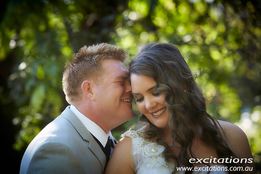 Amy and Tony's wedding, bride and groom in a garden setting. Photo by wedding photographers Mildura, Excitations.